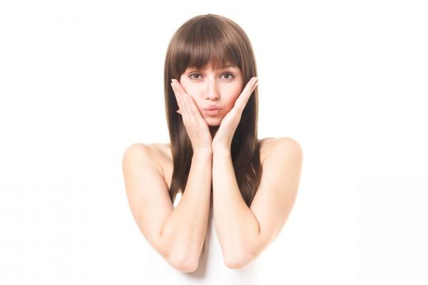 女性の生え際の抜け毛を改善対策!原因を知る事で治す事ができます。