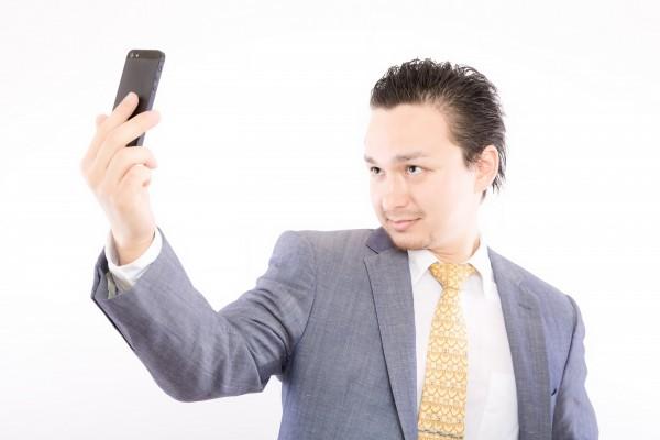男性の抜け毛が増える原因を対策する方法!薄毛は治すことができます