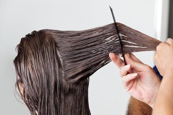 女性 染髪